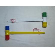 martelo musical peq. c/ apito 39cm cx 12